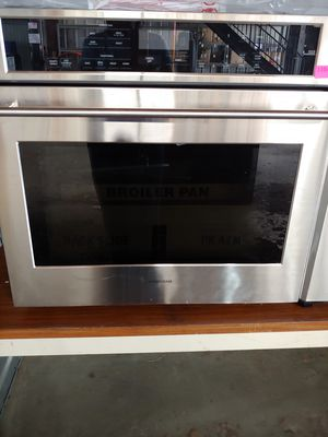 MONOGRAM CONVECTION OVEN for Sale in Houston, TX