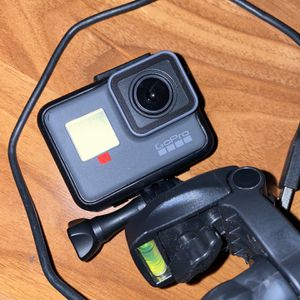 GoPro Hero 5 for Sale in Stockton, CA