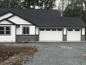 New garage Door for Sale in Tacoma, WA