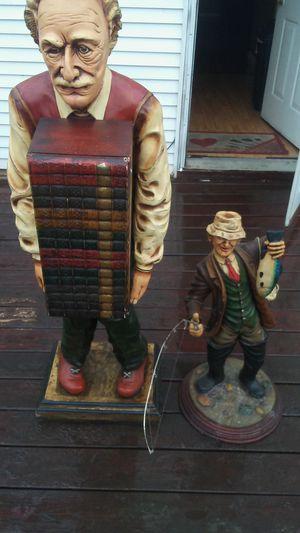 Dos figuras for Sale in Hartford, CT