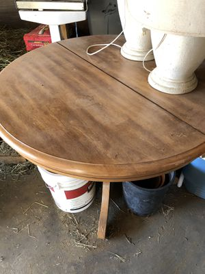 Table for Sale in Victorville, CA