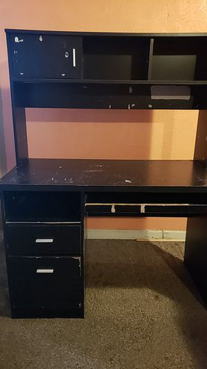 Desks for Sale in Fresno, CA