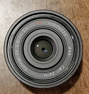 Sony Zeiss 35mm / f2.8 ZA (Full Frame) for Sale in Tampa, FL
