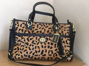 New COACH leopard shoulder bag genuine leather and fur for Sale in Edinburg, TX