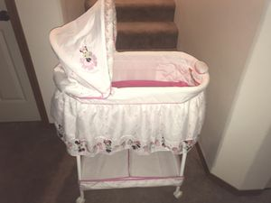 Minnie Mouse Baby bassinet and Minnie Mouse play mat. for Sale in Lacey, WA