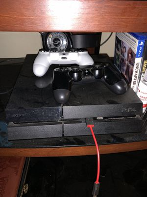 PS4 with 2 controllers for Sale in Temecula, CA