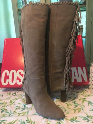 Cosmopolitan Suede Fringe Boots Sz 8 for Sale in Duncannon, PA