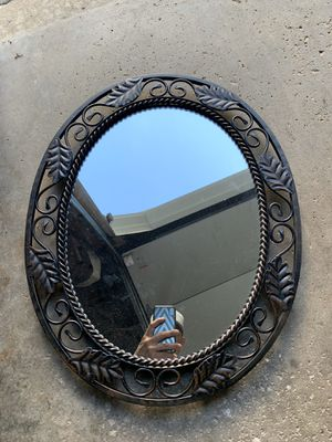 Oval mirror for Sale in Lake Villa, IL