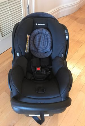 Top Maxi Cosi car seat (Newest version) for Sale in New York, NY