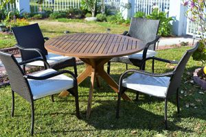 5 pieces wood and wicker outdoor dining set Brand New. for Sale in West Covina, CA