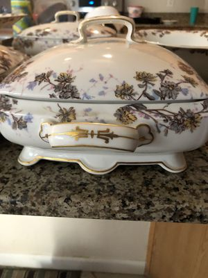 17 piece China dinner serving set for Sale in Surprise, AZ