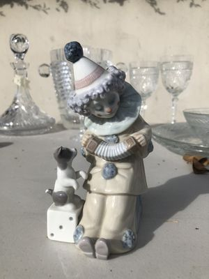 Lladro Pierrot With Concertina 1985-07 Porcelain Figurine 5279G for Sale in Los Angeles, CA