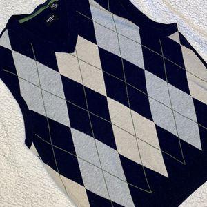 Haggar V-Neck Argyle Sweater Vest for Sale in Delta, OH