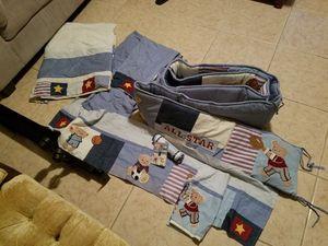 Crib bedding ( has matching comforter) for Sale in Avon Park, FL