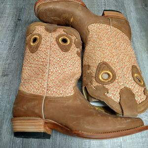 Cowgirl Boots for Sale in Las Vegas, NV