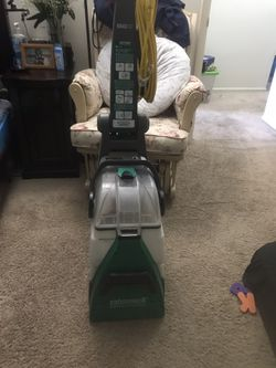 Bissell Big Green Rug Shampooer for Sale in Warminster,  PA