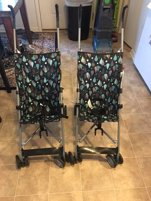 2 umbrella strollers for $20 for Sale in Hilliard, OH