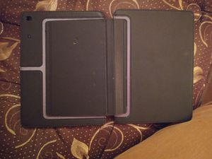 10 inch ipad case for Sale in Dubuque, IA