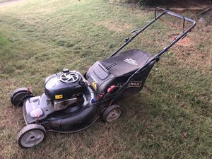 Craftsman FWD self-propelled lawn mower for Sale in Lawrenceville, GA