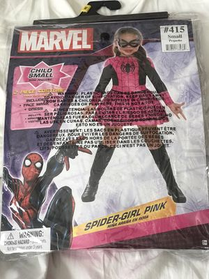 Girls Costumes size 4 for Sale in Colton, CA