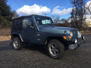1998 Jeep Wrangler 4.0 5 speed 4x4 new soft top for Sale in Milford, CT