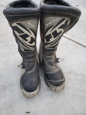 FLY RACING MEN'S 805 MOTOCROSS/ATV OFF-ROAD BOOTS  (SIZE 10 )Missing 2 clips for Sale in Ontario, CA