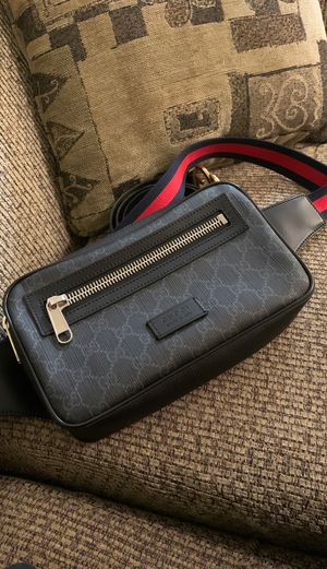 Brand new Gucci crossbody/fanny bag 💼 for Sale in Clackamas, OR