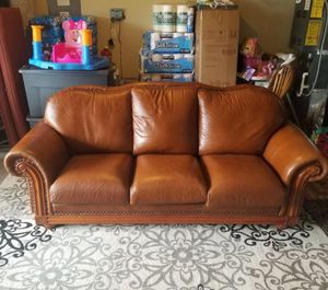 LEATHER SOFA SET for Sale in Vancouver, WA