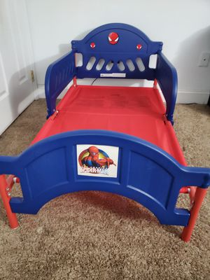 Toddler bed with mattress for Sale in Baltimore, MD