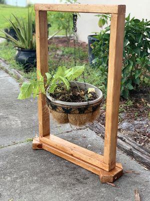 Flower/plant wooden holder/hanger for Sale in Lakeland, FL