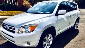 Fully loaded06 Toyota RAV4 AWD for Sale in Jacksonville, FL