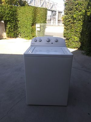 Semi new Whirlpool washer good working condition for Sale in Carson, CA
