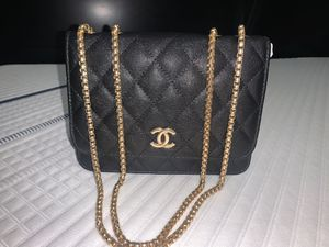 Chanel small size shoulder bag for women for Sale in Charlotte, NC