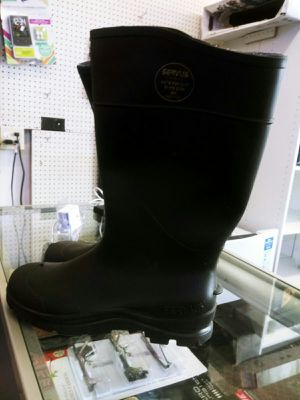 Rain boots for Sale in Mableton, GA