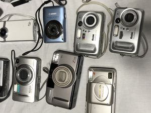 Lot of Digital Cameras for Sale in St. Cloud, MN