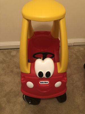 Little tikes coupe like new for Sale in Herndon, VA