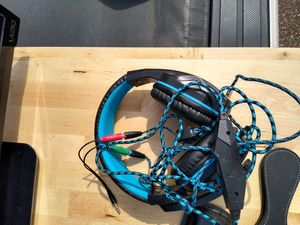 Headphones mic, with extra long cord for Sale in Coon Rapids, MN