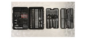 301 Mechanic tool set for Sale in Miami, FL