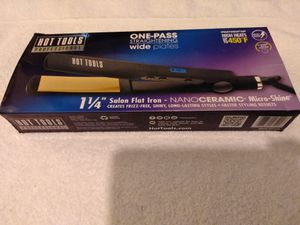 Hot Tools Flat Iron... for Sale in Salt Lake City, UT