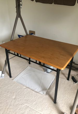 Dining table in Great Condition! for Sale in Morgantown, WV