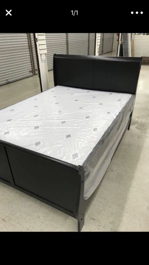 3 PCS BED SET (FULL or QUEEN) REAL WOOD BED, MATTRESS & BOX SPRING BEDROOM SET for Sale in Miami, FL