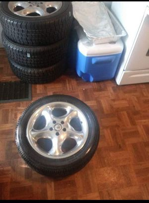 Tires n rims for Sale in Pittsburgh, PA
