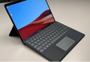 """Microsoft - Surface Pro 7 - 12.3"""" Touch Screen - Intel Core i7 - 16GB Memory - 256GB Solid State Drive (Latest Model) - Matte Black for Sale in Los Angeles, CA"""