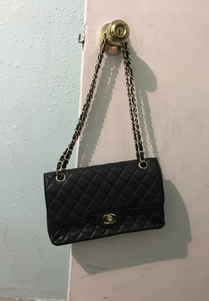 Chanel purse for Sale in Houston, TX
