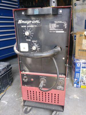Snap on welder 220v mig for Sale in Phoenix, AZ