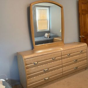 Gorgeous Bedroom Dresser With Mirror and 2 matching Nightstands for Sale in Garden City, NY