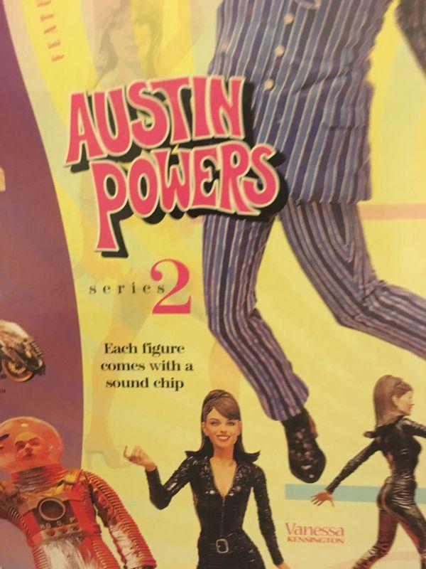 1999 McFarlane Toys Austin Powers Fembot Figure