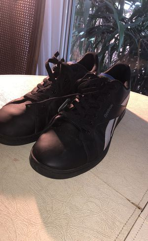 Reebok size 12 Classic for Sale in Los Angeles, CA
