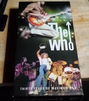 THE WHO, THIRTY YEARS OF MAXIMUM R&B CD BOX SET Rare Collectors Edition for Sale in Fenton, MO
