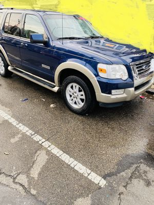 2007 Ford Explorer. FAMILY READY for Sale in Clifton Heights, PA